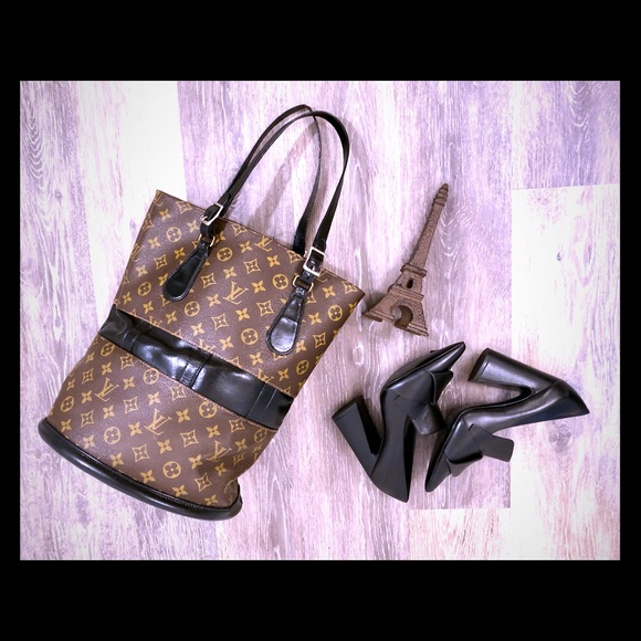 1a7a2739e050 Louis Vuitton Handbags - 100% Auth.Custom Vintage Louis Vuitton bucket bag